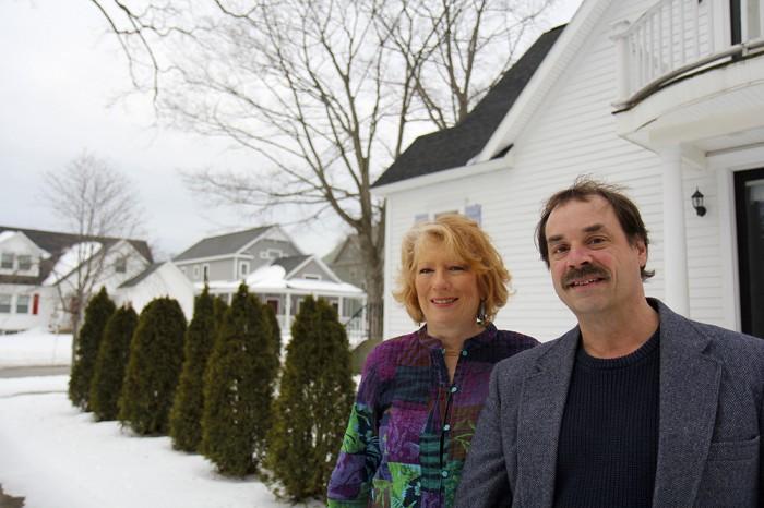 Julie-and-Burt-Williams-Real-Estate