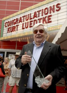 Kurt Luedtke, Academy Award winner for Out of Africa screenplay; former Detroit Free Press editor