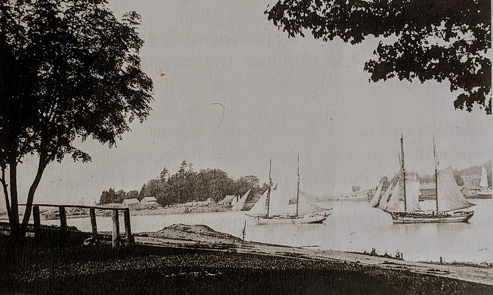 Betsie Lake Betsie Bay Betsie River Frankfort Elberta harbor 1867 channel Benzie Area Historical Museum The Betsie Current Jed Jaworski