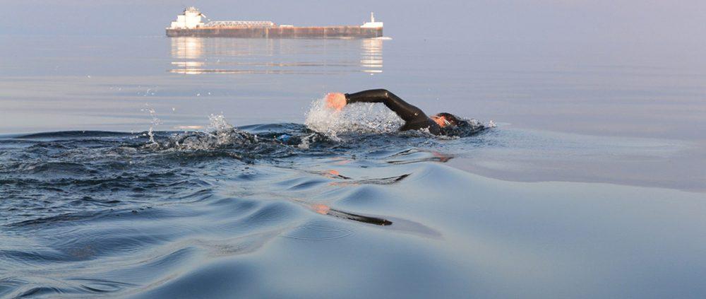 Jon Ornée swims Lake Micigan Manitou passage Pyramid Point to North Manitou Island
